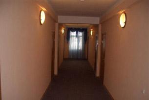 Коридор гостиницы «Агат»