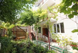 Гостиница на ул. Тургенева, д. 79