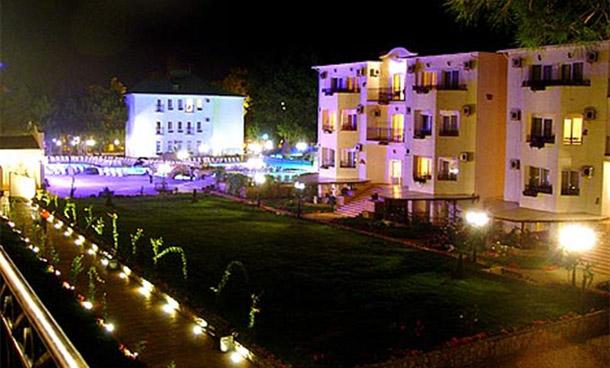 Отель «Ривьера»